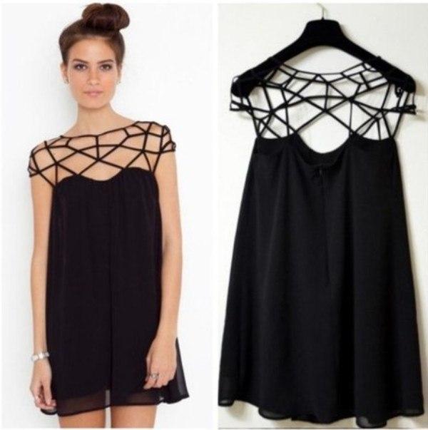 Крутое черное платье-