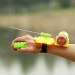 Креативный водяной пистолет